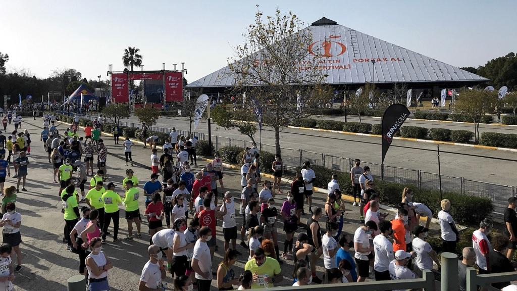 Runatolia Antalya Maratonu 2021 Başlangıç Alanı